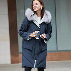 СКИДКА Siti Selected осенне-зимний удлиненный пуховик цвета графит оверсайз oversize с капюшоном и натуральным мехом