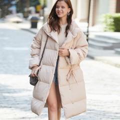 СКИДКА Siti Selected элегантное пуховое пальто демисезонное черное бежевое свободное с талией на кулиске без капюшона