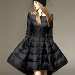 пуховик с пышной ассиметричной юбкой черный зимний с тканевым горлом 3DIMENSIONS