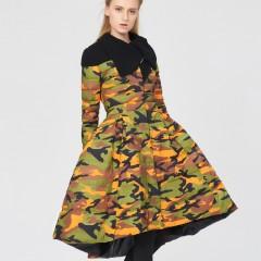 3DIMENSIONS тренд сезона женский пуховик с пышной асимметричной юбкой в стиле милитари разноцветный камуфляж и текстильн