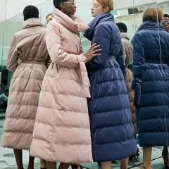 RCAT вельветовое пуховое пальто-пуховик А силуэта с высоким воротником без капюшона лавандовый нежно-розовый цвет