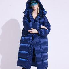 FOLOVERA длинный теплый женский зимний пуховик синий кобальтовый оверсайз с капюшоном наполнитель гусиный пух